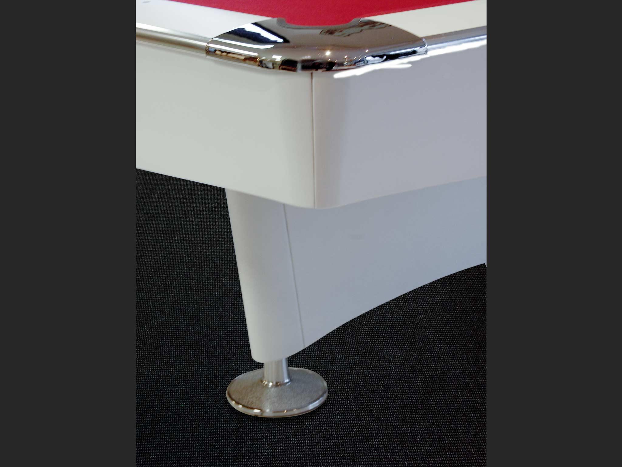 Billard MEMPHIS détail angle et pied chromé